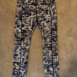 Lululemon Fast and Free tights 25in